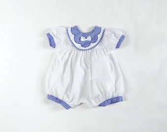 Vintage Baby Girls Romper/ Vintage White Navy Romper/ size 3-6 months/ checked elements/ white bow/ short sleeves/ 1980's baby dress
