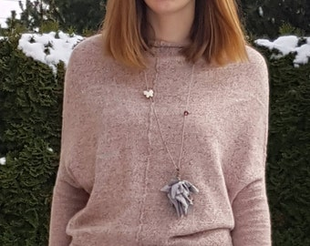 Oversized Handknit Sweater. Light Pink Sweater. Confortable sweater decorated with bottoms.