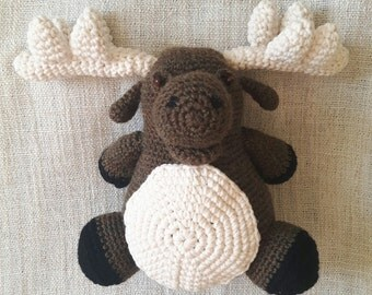 Plush reindeer Amigurumi crochet child's toy
