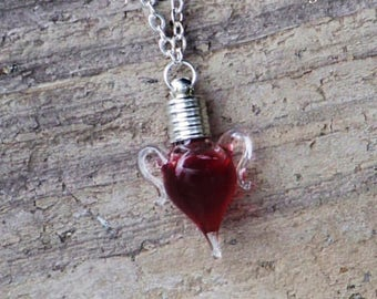 """TRUE BLOOD™ Sacred Witch Blood Gothic Vampire Amphora Charm Bottle Pendant Necklace on 20"""" Silver Plated Chain Chain in Jewelry Pouch"""