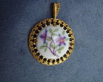 Porcelian Flower Pendant Vintage Royal Worcester