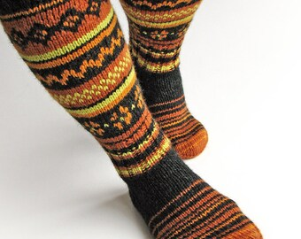 EU Size 37-38 - High Knee Hand Knitted Fair Isle Socks - 100% Natural Wool - Warm Autumn Winter Clothing