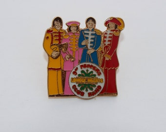 The Beatles Sgt Peppers Lonley Hearts Club band Vintage Metal Pin Badge -Rare collectible  Kitsch-Brooch- Stocking Filler -Gift -