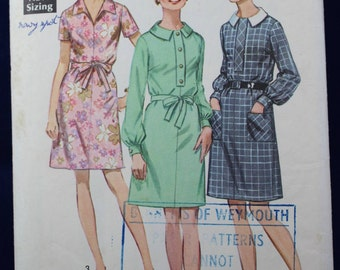 1960's Sewing Pattern for a Woman's Dress in Size 18.5 - Simplicity 8295