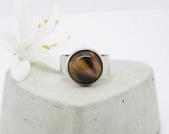 Stylish ring with Tiger eye gemstone - gift -.