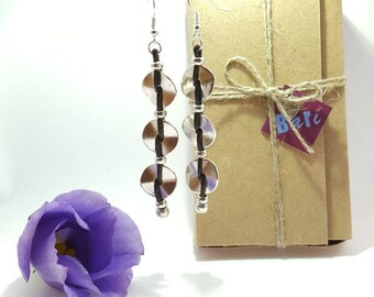 Handcrafted hypoallergenic long chandelier earrings **FREE SHIPPING ANYWHERE** Silver tone beads and leather