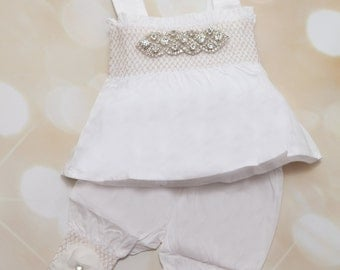 White Baby Girl Rhinestone Romper Set Infant Two Piece Set with Chiffon Flowers and Matching Rhinestone Headband