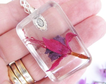 Necklace, Real Flower Necklace, Real Flower Pendant Necklace, Gift For Gardeners, Resin Necklace
