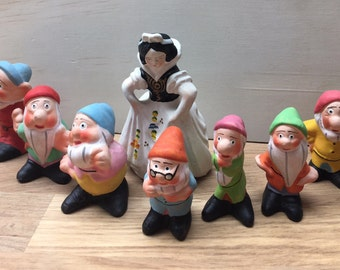 Snow White and the seven dwarves figurines