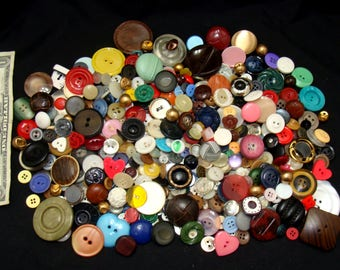 Vintage button lot-old button collection-antique button bundle-old sewing buttons-jewelry buttons-frame buttons-craft buttons-1 plus pound