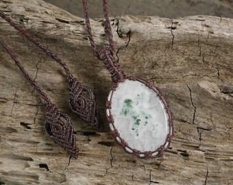 Handmade Solar Quartz Macrame Necklace / Metal Free