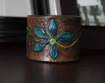 "Hand Made Blue flower Leather Cuff Bracelet - 2"""