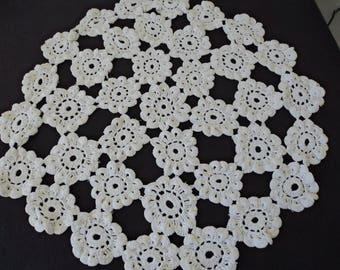 Vintage French hand crochet white cotton doily (04598)