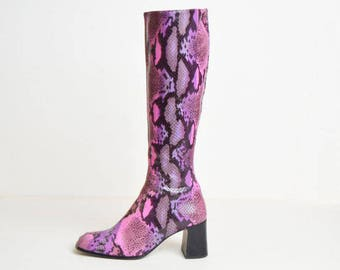 Vintage Pink Snakeskin Knee High Boots!! Size 6.5