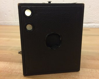 Brownie Box Camera -Leather Vintage Camera
