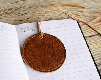 Leather bookmark Round bookmark Brown leather bookmark Small Reader gift Teachers gift Book accessories Anniversary gift
