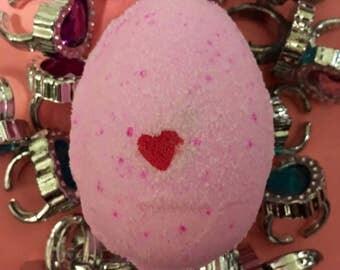 Girls Egg Sized Bath Bomb, Girls bath bomb, Surprise bath bomb, Girls Party Bag Filler, Girls Gift, Christmas Bath Bomb, Christmas Gift