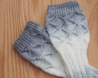 Lace Knit Fingerless Mittens/Arm Warmers in Light Gray