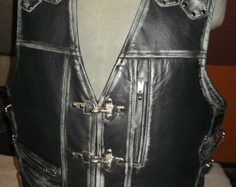 Biker vest, Handmade.Black -Scorpio. Genuine leather-1,6mm.Leather with abrasion effect.