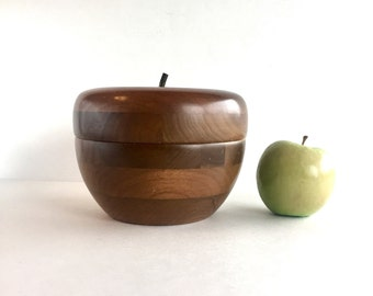 Vintage Wooden Apple Trinket Box, Vintage Wood Apple Candy or Nut Dish