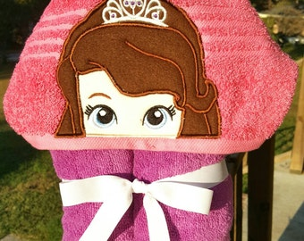 Sofia the First Hooded Towel with FREE Emboridered Name
