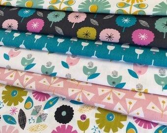 Floral Fat Quarter Bundle - 100% Cotton, Patchwork and Quilting Fabric