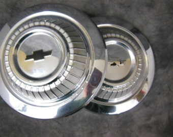 Set Of Two 1967 Chevrolet Dog Dish Hubcaps, Chevelle - Vintage