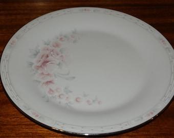 Noritake Carthage 10 1/2 inch dinner plate