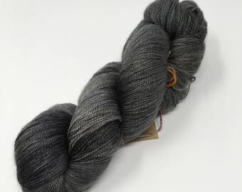 Vervain - indie dyed yarn lace weight black gray tonal