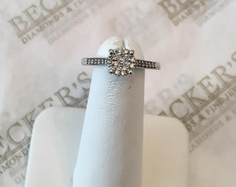 Sterling silver & 31 Pavé Set Diamond Cathedral Ring, .09 tw I-I1, size 7
