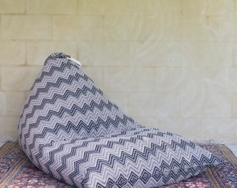 Bean bag chair, seat, lounger, zig zag, pattern
