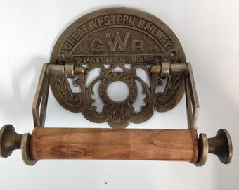 Antique Iron Vintage Style GWR toilet roll holder Cast Iron finished in Great Western Railway