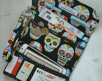 Women's wallet in black leather and vegan Mexican skull fabric