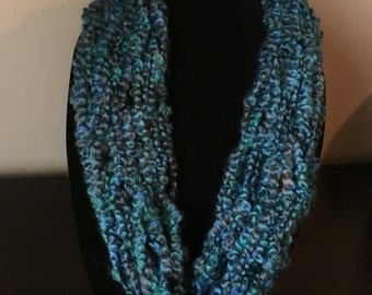 Arm knit scarf. Infinity single wrap circle scarf