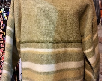 1970' Lapp Lander fringed, wool norway sweater. Size S.
