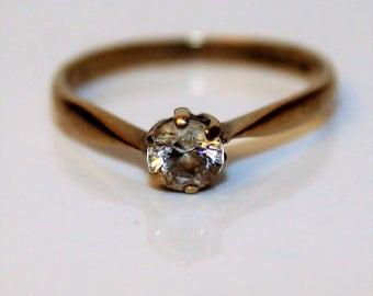 Vintage 9K 9ct Yellow Gold CZ Solitaire ring size 4 3/4 ~ i 1/2