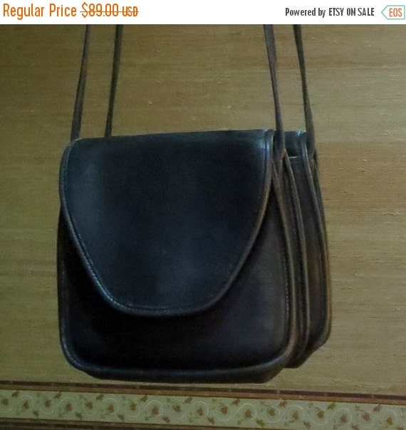 Football Days Sale Coach Lindsay Bag Black Leatherware With Crossbody Strap Pre Orderly Creed Made in U.S.A.- Vgc