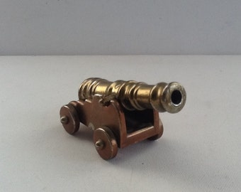 Vintage Brass Cannon / Miniature 19th Century Ships Cannon