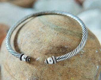 Silver Torque. Silver Torc. Sterling Silver Bangle. Artisan Bracelet. Celtic Bangle. Viking Jewellery. Etched Bangle. Handmade Bracelet. 925