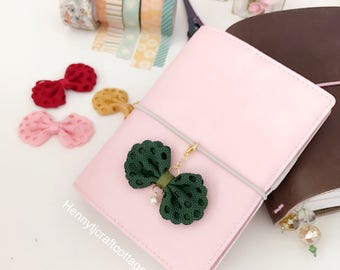 Planner Clip / charm:   Flowers Bows PaperClip Pink Green Rose Gold Page Clip | Bookmark  Page Marker. Planner accessories supply