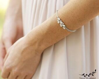 Bridal Silver Crystal Bracelet, Delicate Bridal Bracelet, Rhinestone Bracelet, Bridesmaid Bracelet, Swarovski Bracelet, Wedding Bracelet