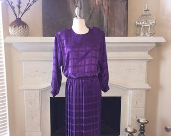 EVERYTHING ON SALE Vintage Purple Square Patterned Pleated Secretary Dress ~ Size 12