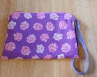 Ladies NEW Wrist Pouch Bag Purse Wristlet Pocketbook PINK ROSES Print P174