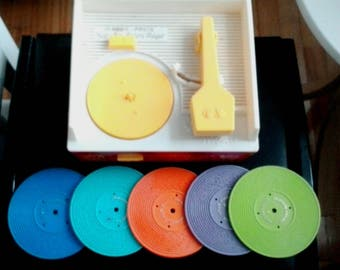 Vintage 1971 Fisher Price Record Player 995 Wind Up Music Box 5 Records Working