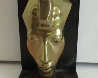 Vintage Art Deco Brass Egyptian Pharaoh Death Mask Paperweight Bookend Desk Sculpture Burial Funeral Mask Pharoah King Tut