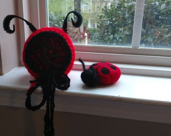Newborn ladybug prop,  ladybug hat, ladybug bonnet,  baby ladybug, newborn lady bug set, photography prop