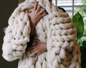 Merino Wool Thick Knit Blanket