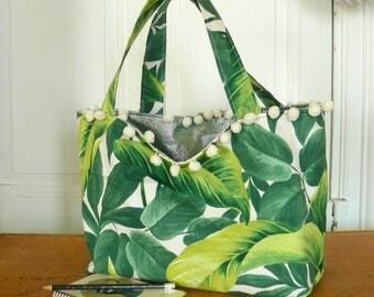 sac cabas / tote bag / sac réversible recto coton motif végétal tropical feuillage vert et blanc verso vert brillant électrique pâle pompons