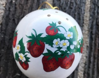 Vintage Strawberry Pomander, Fragrance Holder, Taiwan, Gift, Décor