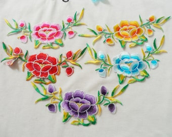 A Pair Embroidered Flower Applique Patch,Vintage Flowers Patch for Clothing,Dress,Collar Flower Decorations